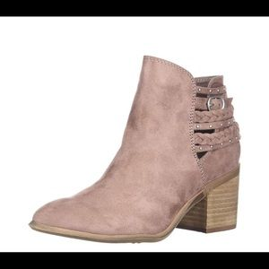💐Ankle boots dusty mauve size 5.5 Cute for spring